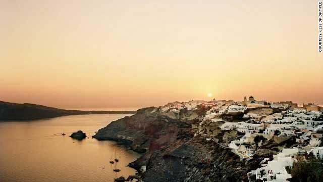 Σαντορίνη: Μια από τις 10 ομορφότερες πόλεις του κόσμου