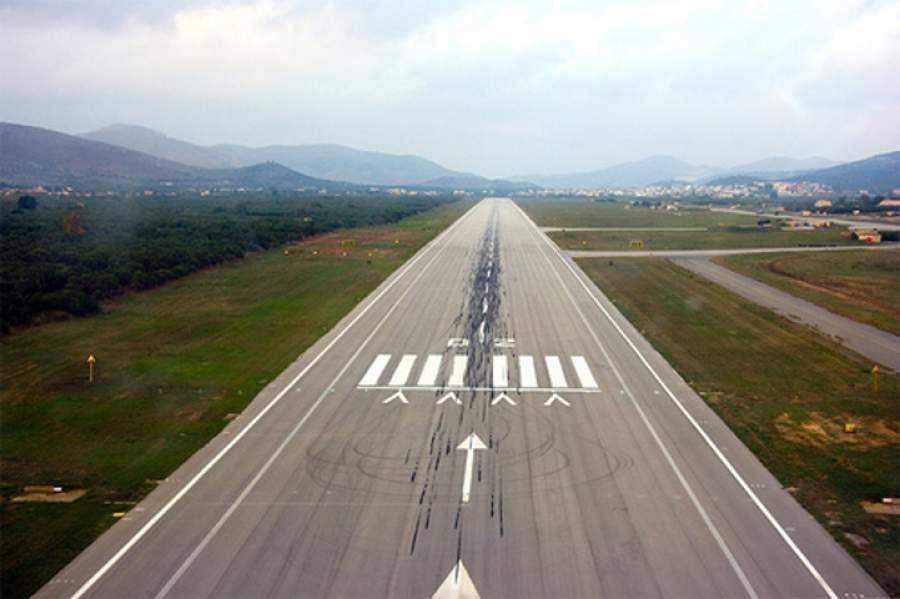 Κλέινουν (βάση σχεδίου) τα στρατιωτικά αεροδρόμια της χώρας. Πού το πάνε;