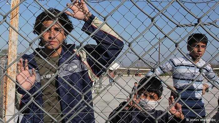H Βερολίνο θέλει να στείλει 3000 πρόσφυγες στην Ελλάδα