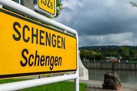 Τι σημαίνει έξοδος από τη Σένγκεν;
