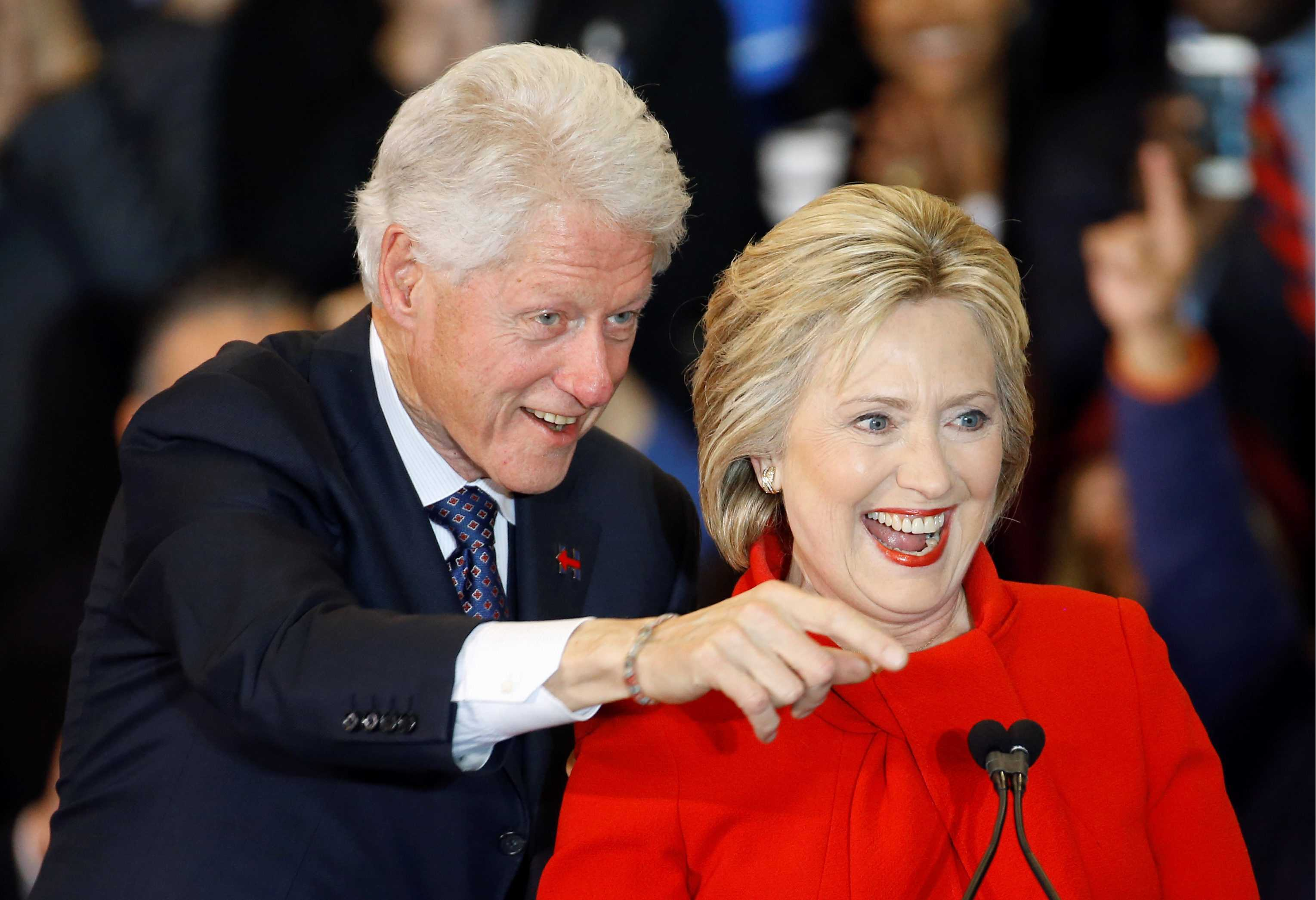 Οι επενδυτές ψηφίζουν Χίλαρυ λόγω… Μπιλ