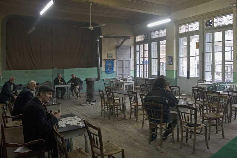 Πανελλήνιον: Το καφενείο που κρατά την παράδοση