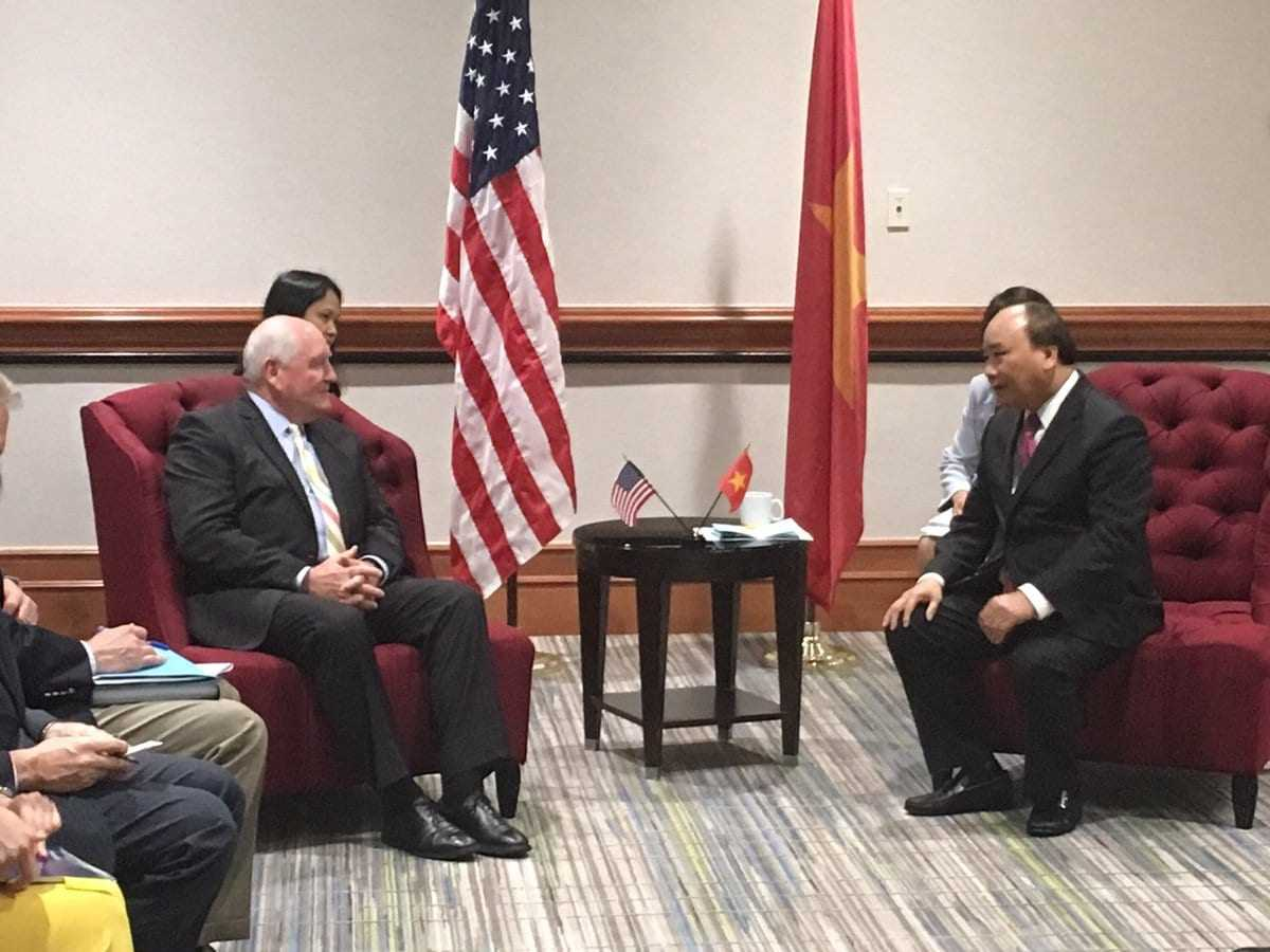 President Trump welcomes Prime Minister Nguyen Xuan Phuc of Vietnam