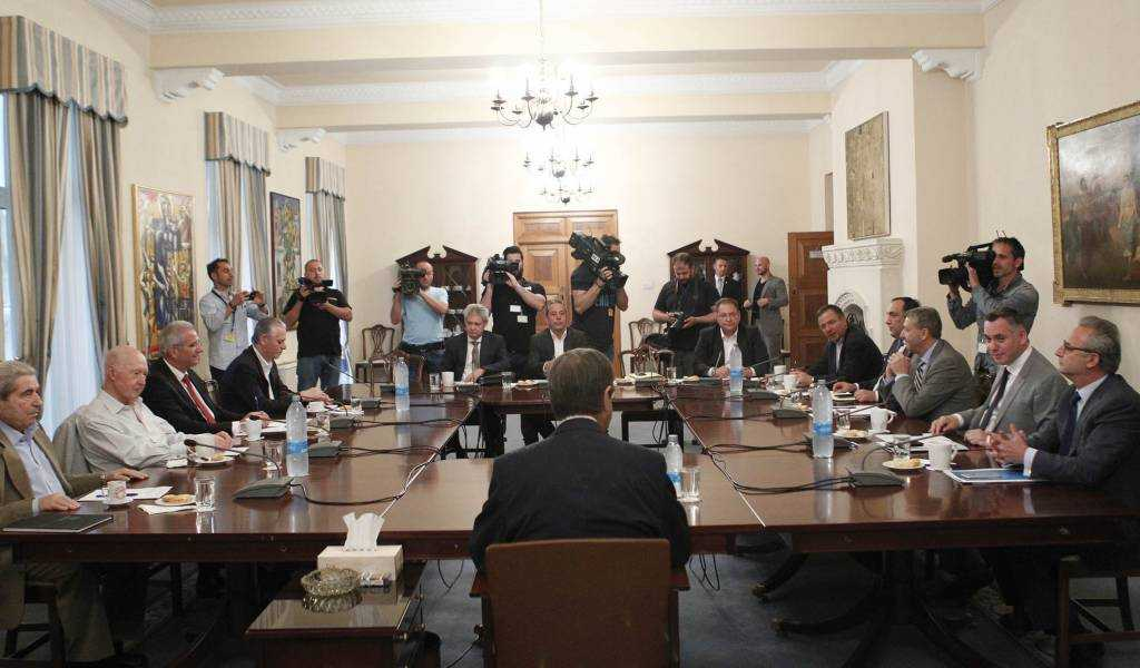 National Council of Cyprus: Disputes among the political leaders