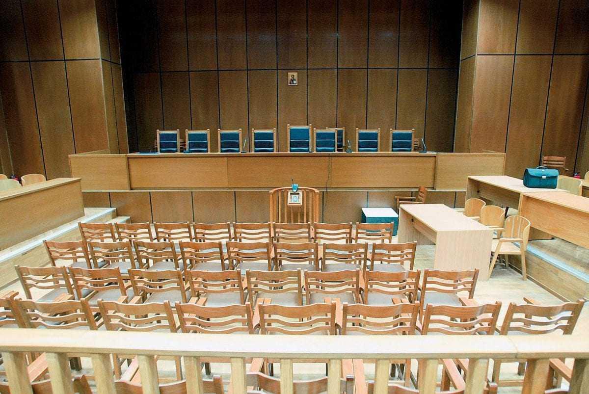 Βαριά ποινή φυλάκισης σε δάσκαλο για ασέλγεια σε ανήλικη μαθήτρια