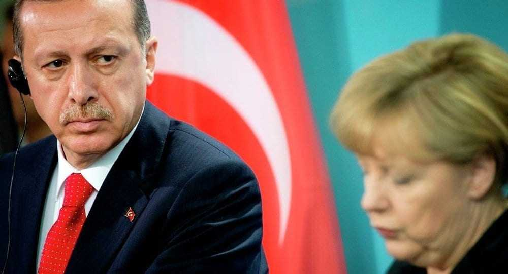 Handelsblatt:Η Μέρκελ παρεμβαίνει στην υπόθεση των δύο Ελλήνων στρατιωτικών