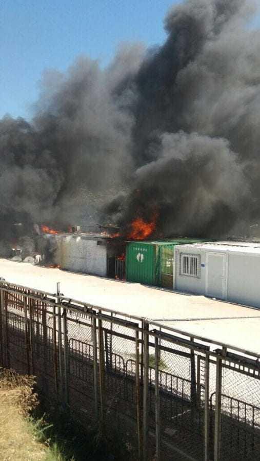 «Έκρηξη» βίας στη Μόρια μετά την απόρριψη αιτημάτων ασύλου (βίντεο-φωτογραφίες)