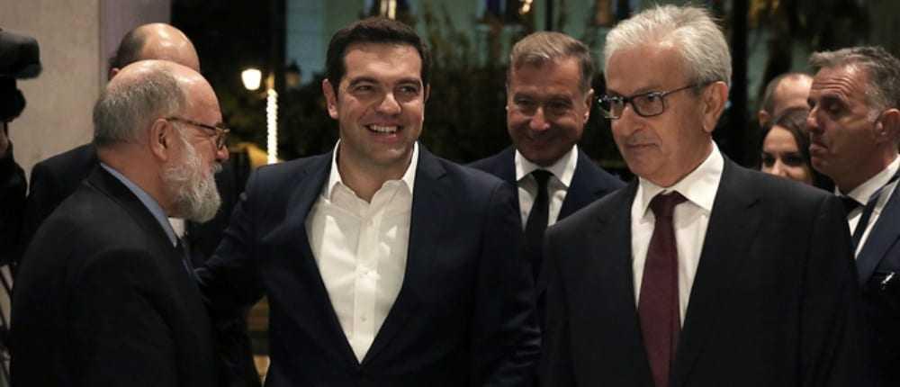Τσίπρας-Βενιάμης υπέγραψαν την παράταση της εθελοντικής φορολόγησης των εφοπλιστών