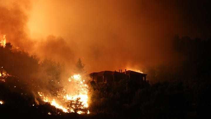 Κόλαση πυρκαγιών σε όλη τη χώρα! Μαίνεται ο πύρινος εφιάλτης!
