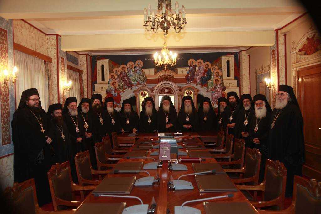 Βολές από την Ιερά Σύνοδο κατά ΣΥΡΙΖΑ και Ποταμιού για την Τήνο: Εκαναν ό,τι και η Χούντα