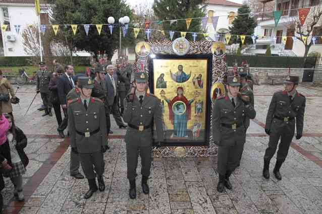 Στρατός,Εκκλησία και Παιδεία αποτελούν σωσίβιο για ένα έθνος που συνεχίζει να βυθίζεται