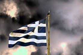 Guardian: Κανείς δεν πιστεύει ότι η Ελλάδα μπορεί να αποπληρώσει επιτυχώς το χρέος της
