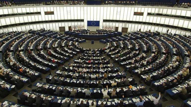 Την Τετάρτη η συζήτηση στην Ολομέλεια του ΕΚ για το μεταναστευτικό & την κατάσταση στα ελληνικά νησιά