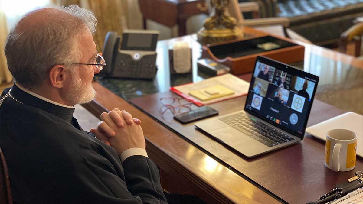 Επικοινωνία Ελπιδοφόρου με τον Αμερικανό υπουργό Υγείας, Άλεξ Αζάρ